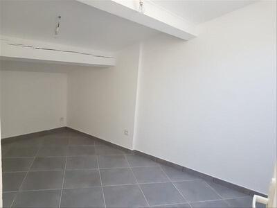 Location Appartement 3 pièces 50m² Marseille 16 (13016) - Photo 4