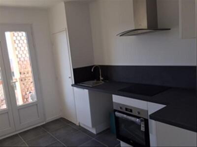 Location Appartement 2 pièces 53m² Marseille 10 (13010) - Photo 4