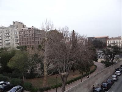 Location Appartement 2 pièces 50m² Marseille 08 (13008) - Photo 5