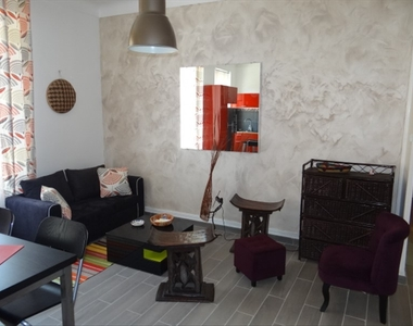 Location Appartement 2 pièces 45m² Marseille 06 (13006) - photo