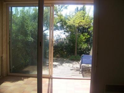 Location Appartement 1 pièce 20m² Sausset-les-Pins (13960) - Photo 1