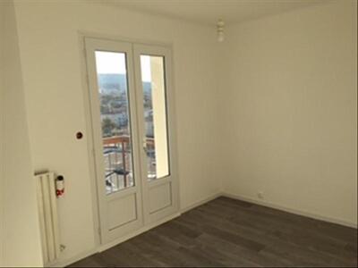 Location Appartement 2 pièces 53m² Marseille 10 (13010) - Photo 5