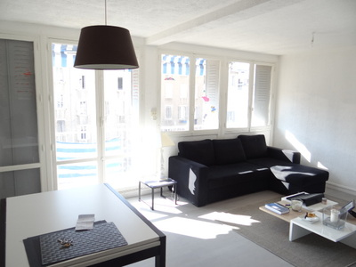 Vente Appartement 3 pièces 64m² Marseille 07 (13007) - Photo 2