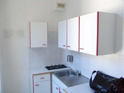Location Appartement 1 pièce 32m² Marseille 06 (13006) - Photo 8