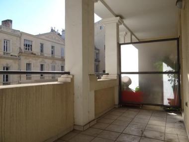 Vente Appartement 3 pièces 64m² Marseille 06 (13006) - photo