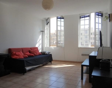 Location Appartement 2 pièces 57m² Marseille 02 (13002) - photo