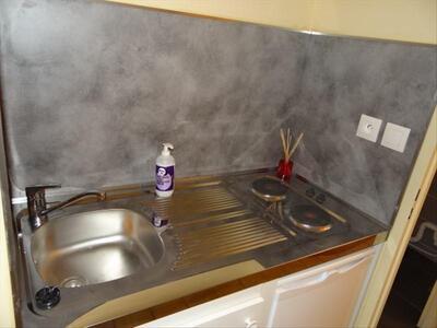 Location Appartement 1 pièce 17m² Marseille 06 (13006) - Photo 3