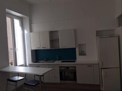 Location Appartement 1 pièce 41m² Marseille 08 (13008) - Photo 2