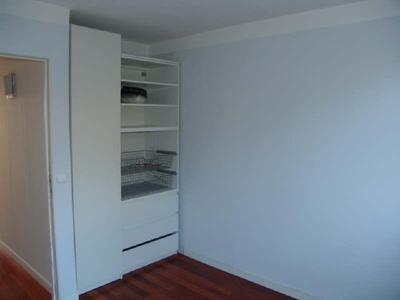 Location Appartement 4 pièces 65m² Marseille 04 (13004) - Photo 9