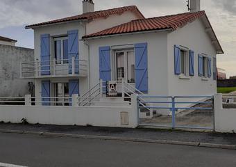 Vente Maison 5 pièces 95m² SAINT HILAIRE DE RIEZ - Photo 1