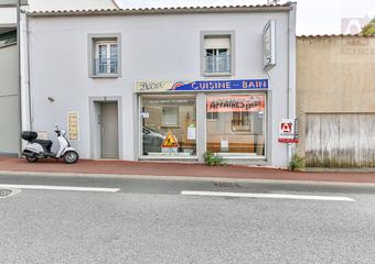 Vente Bureaux 1 pièce 48m² SAINT GILLES CROIX DE VIE - photo
