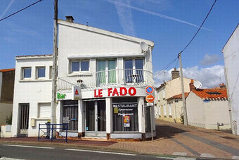 Vente Commerce 70m² Saint-Gilles-Croix-de-Vie (85800) - photo