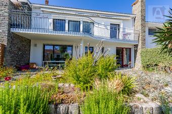 Vente Maison 7 pièces 240m² Saint-Gilles-Croix-de-Vie (85800) - Photo 1
