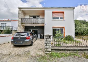 Vente Maison 4 pièces 101m² L AIGUILLON SUR VIE - photo