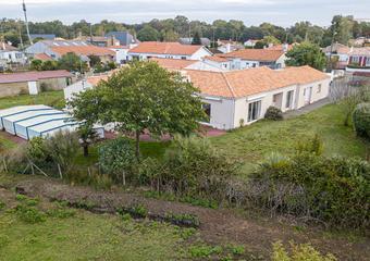 Vente Maison 7 pièces 243m² SAINT HILAIRE DE RIEZ - Photo 1