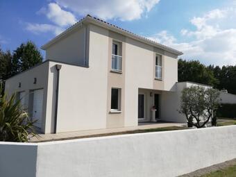 Vente Maison 5 pièces 127m² Commequiers (85220) - Photo 1
