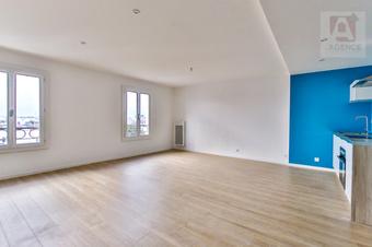 Vente Appartement 3 pièces 74m² SAINT GILLES CROIX DE VIE - photo