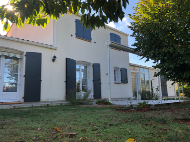 Vente Maison 7 pièces 203m² Saint-Hilaire-de-Riez (85270) - photo