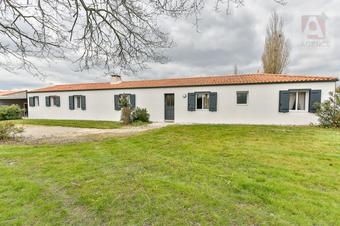 Vente Maison 5 pièces 182m² Coëx (85220) - Photo 1