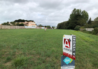 Vente Terrain 600m² SAINT HILAIRE DE RIEZ - Photo 1