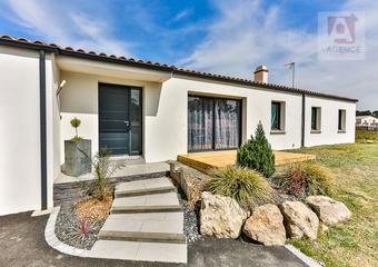 Vente Maison 4 pièces 105m² ST REVEREND - Photo 1