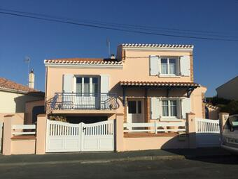 Vente Maison 6 pièces 145m² Saint-Hilaire-de-Riez (85270) - Photo 1