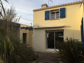 Vente Maison 2 pièces 35m² Saint-Gilles-Croix-de-Vie (85800) - Photo 1