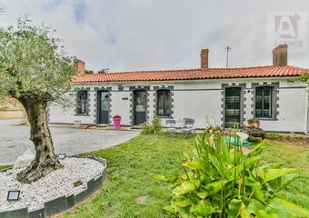 Vente Maison 6 pièces 159m² SAINT HILAIRE DE RIEZ - Photo 1