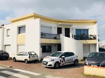 Vente Maison 10 pièces 211m² LE FENOUILLER - Photo 1