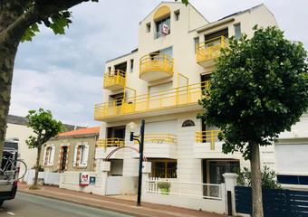 Location Appartement 2 pièces 44m² Saint-Gilles-Croix-de-Vie (85800) - Photo 1