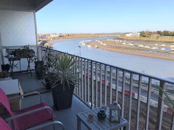 Location Appartement 2 pièces 40m² Saint-Gilles-Croix-de-Vie (85800) - photo