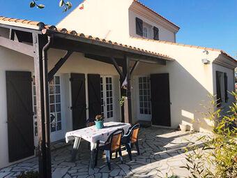 Vente Maison 8 pièces 194m² Saint-Gilles-Croix-de-Vie (85800) - photo