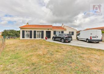 Vente Maison 4 pièces 118m² L AIGUILLON SUR VIE - Photo 1