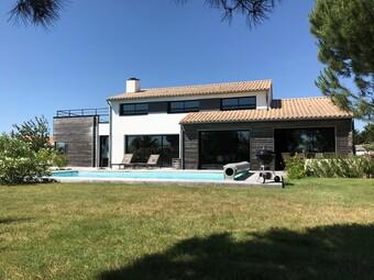 Vente Maison 7 pièces 228m² Le Fenouiller (85800) - Photo 1