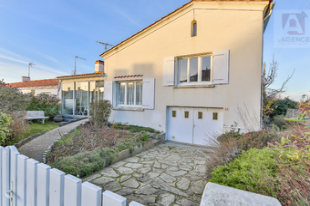 Vente Maison 6 pièces 118m² Saint-Gilles-Croix-de-Vie (85800) - photo