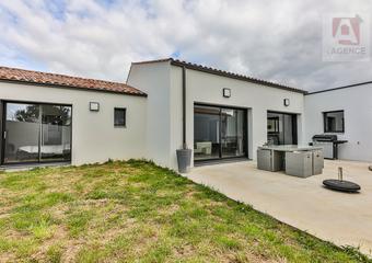 Vente Maison 4 pièces 132m² SAINT GILLES CROIX DE VIE - Photo 1