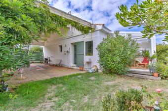 Vente Maison 6 pièces 164m² Saint-Gilles-Croix-de-Vie (85800) - Photo 1