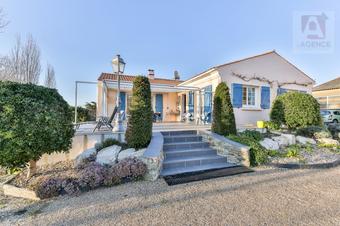 Vente Maison 5 pièces 132m² Givrand (85800) - Photo 1