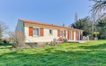 Vente Maison 5 pièces 104m² Saint-Maixent-sur-Vie (85220) - photo