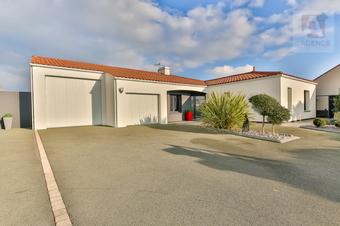 Vente Maison 5 pièces 151m² Le Fenouiller (85800) - Photo 1