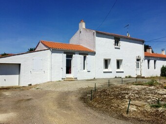 Vente Maison 5 pièces 139m² Saint-Maixent-sur-Vie (85220) - Photo 1