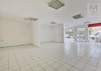 Vente Bureaux 1 pièce 84m² SAINT GILLES CROIX DE VIE - Photo 1