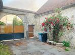 Sale House 6 rooms 160m² BEVILLE LE COMTE - Photo 4