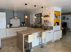 Sale House 6 rooms 160m² BEVILLE LE COMTE - Photo 6