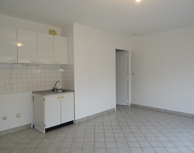 Renting Apartment 2 rooms 38m² Auneau (28700) - photo