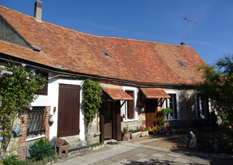 Sale House 3 rooms 73m² AUNEAU - Photo 1