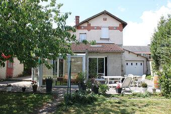 Sale House 6 rooms 110m² Auneau (28700) - Photo 1
