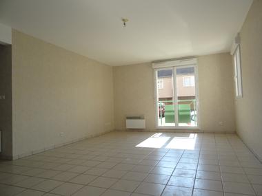 Location Appartement 3 pièces 65m² Auneau (28700) - photo
