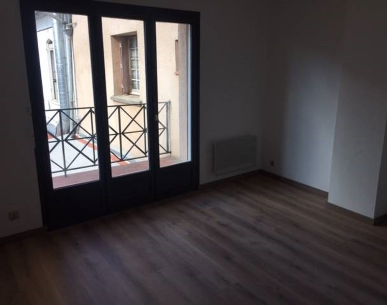 Renting Apartment 1 room 17m² Muret (31600) - photo