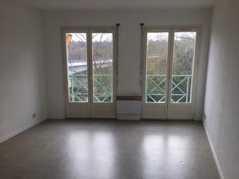 Location Appartement 1 pièce 23m² Muret (31600) - photo 2